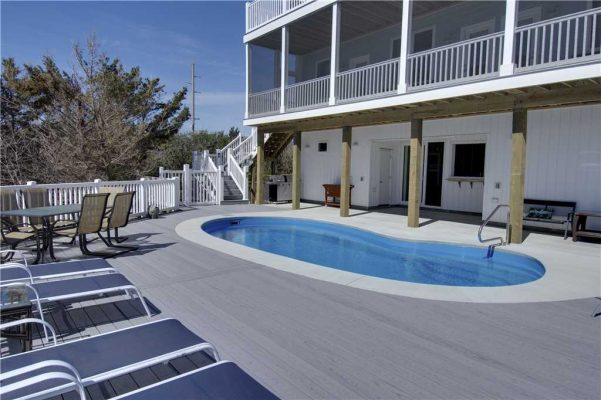 Featured Property - A Salt Life - Pool 2