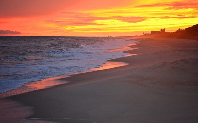 Best Things to Do at Night in Emerald Isle Beach