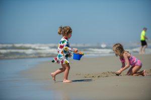 Emerald Isle Beach Hacks - Sandcastle Kit