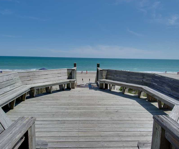 Featured-Property-1-Cottage-Treasure-Deck-Seating