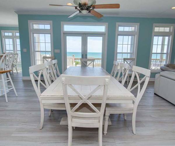 Featured-Property-1-Cottage-Treasure-Dining