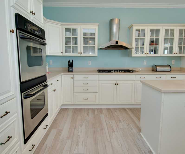 Featured-Property-1-Cottage-Treasure-Kitchen
