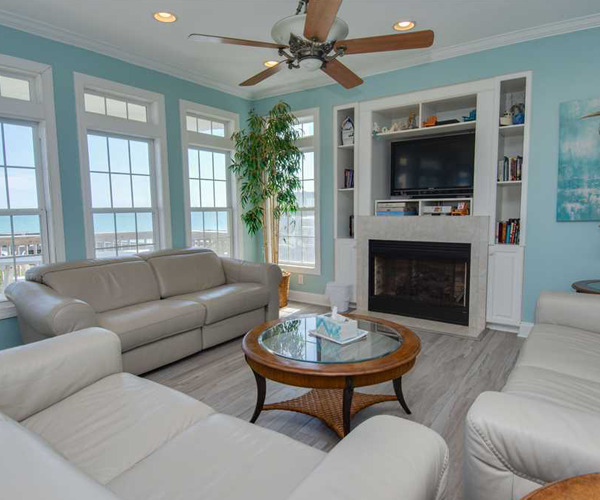 Featured-Property-1-Cottage-Treasure-Living-Room