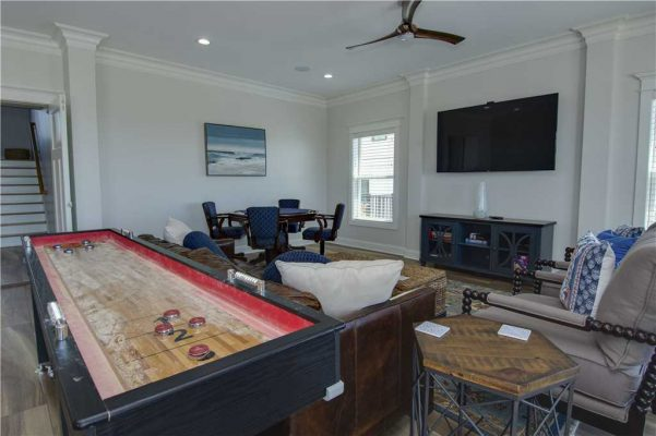Featured Property Goin Coastal - Game Room