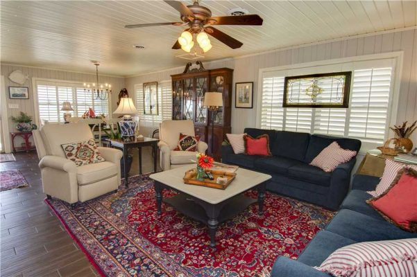 Featured Property - Madeira Breeze - Living Room 2