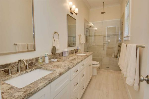 Featured Property - Navigator House - Bathroom