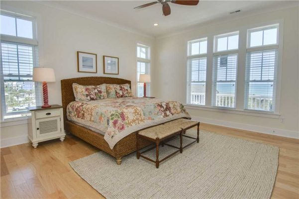 Featured Property - Navigator House - Bedroom 1
