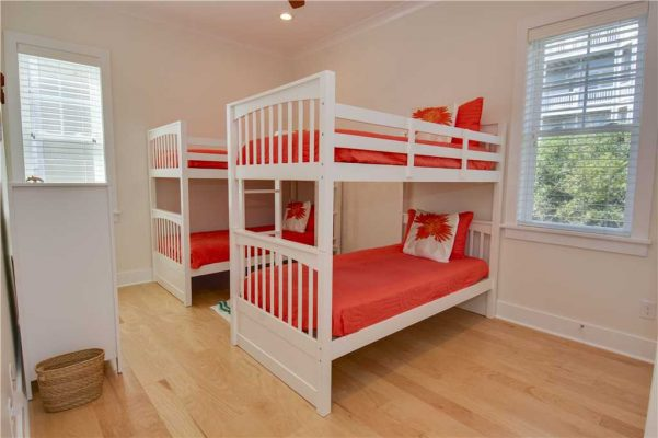 Featured Property - Navigator House - Bedroom 4