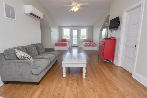 Featured Property Pharmasea East - Lounge Area