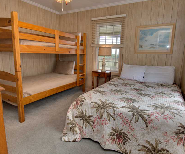 Featured Property Sandy Lane Cottage - Bunk Beds 600x500