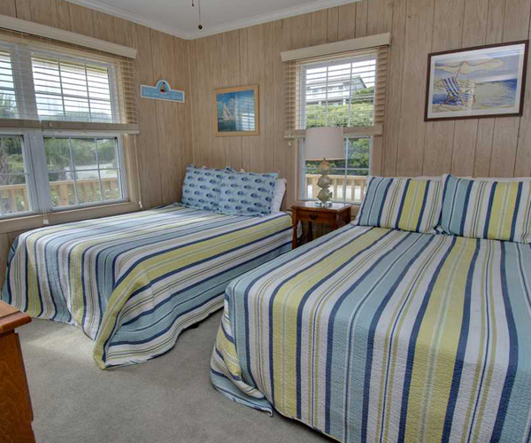Featured Property Sandy Lane Cottage - Room 1 600x500