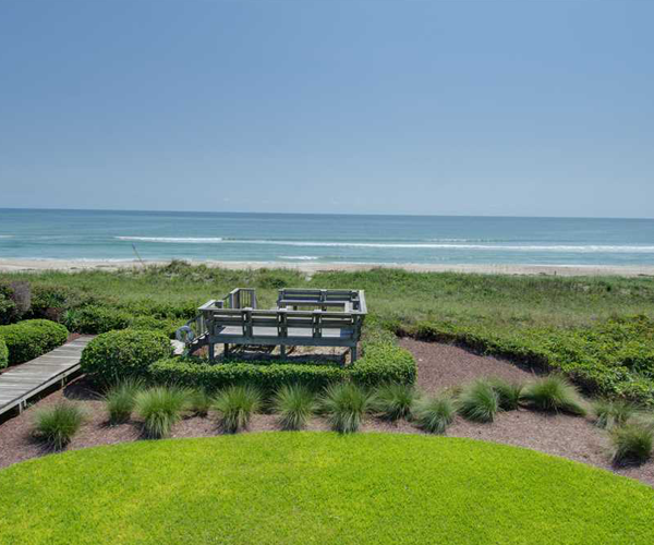 Featured Property Serenity Shores - Deck and beach