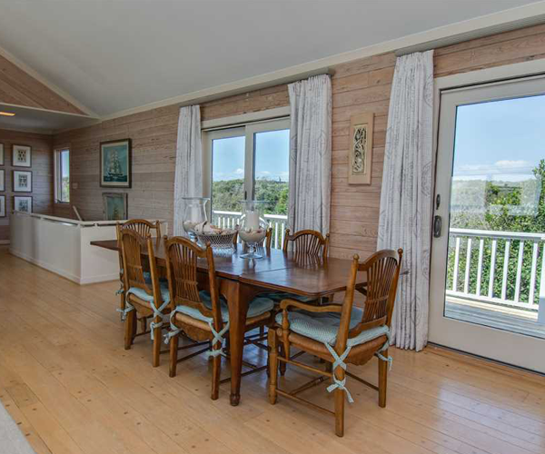 Featured Property Serenity Shores - Dining Area