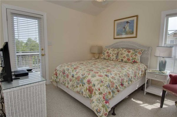 Featured Property When Pigs Fly - Bedroom 3