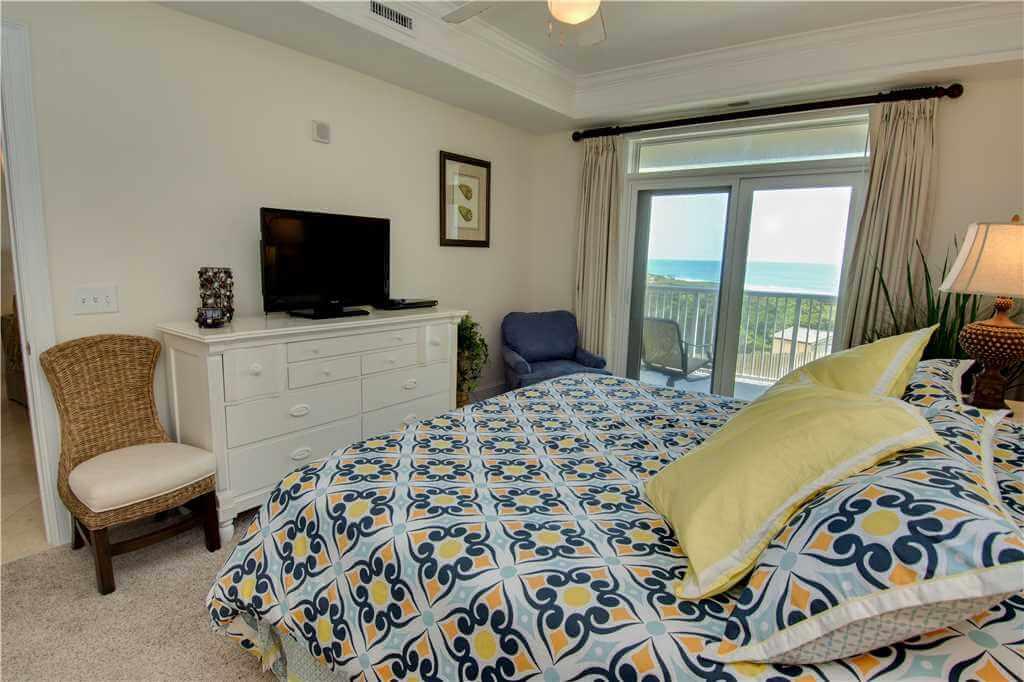 Grande Villas 2 B Master Bedroom