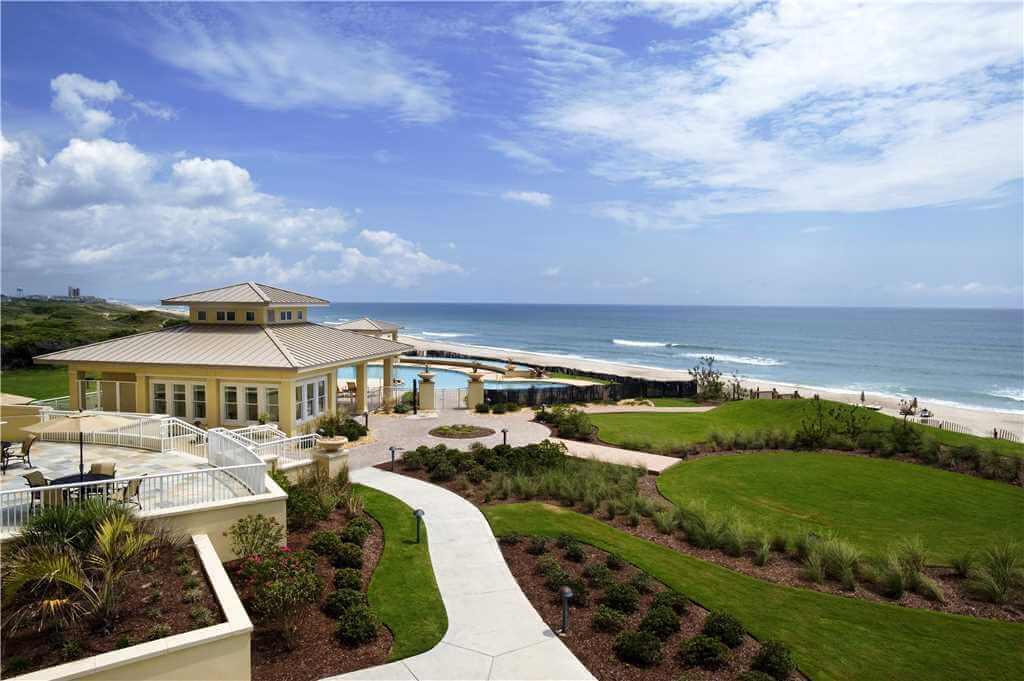 Grande Villas Outdoor Complex