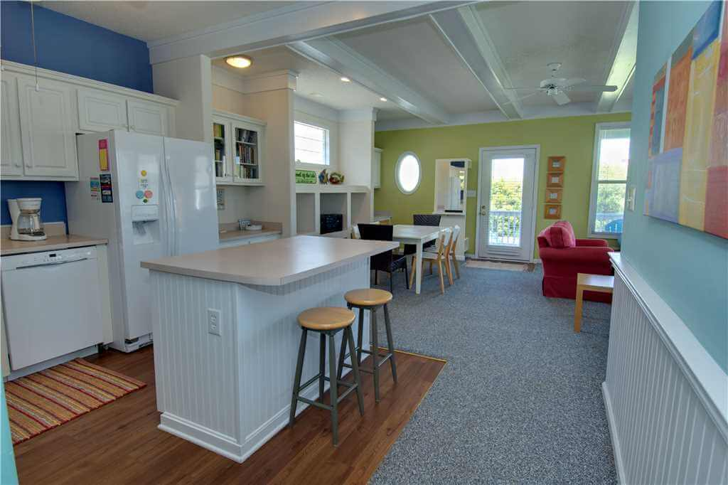 Featured Property Jewel Of The Isle Up Kitchen Open