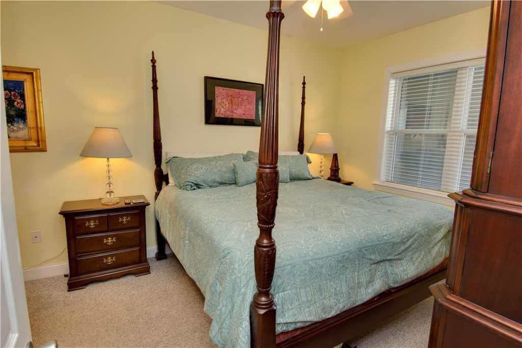 Ocean Club J 102 Bedroom