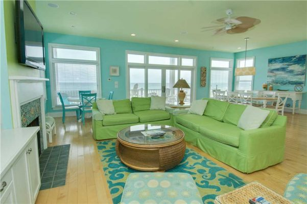 Pirates Perch Vacation Rental - Living Area