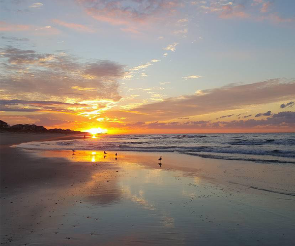 Plan-the-Perfect-Fall-Vacation-Sunrise-at-beach