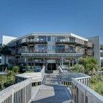 Queens Court Condos - Emerald Isle Realty