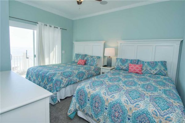 Sea La Vie bedroom with open view