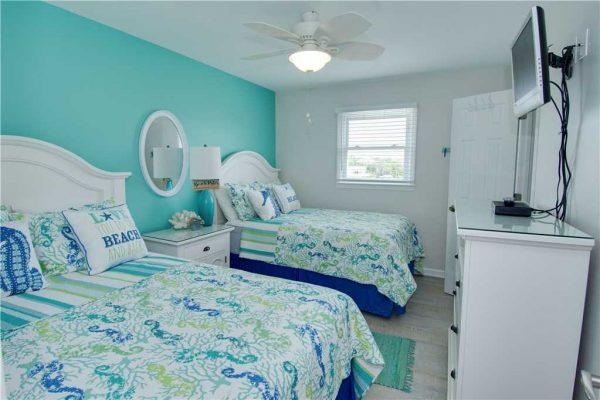 Susies Hideaway East - Double Beds