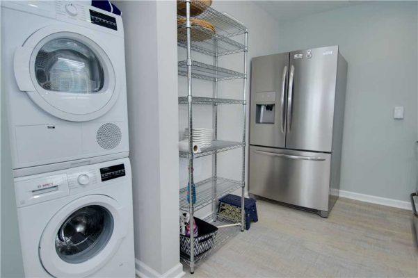 Susies Hideaway East - Laundry