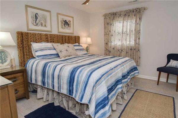Susies Hideaway East - Master Bedroom