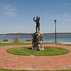 town statue in swansboro nc
