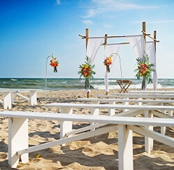 Wedding on Beaches of North Carolina's Crystal Coast