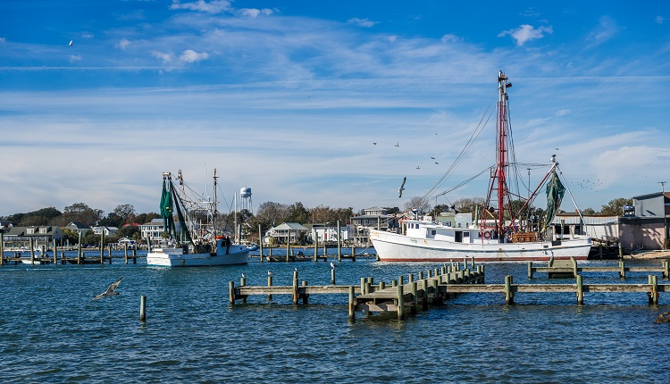 harbor-fishing-boats-swansboro-nc