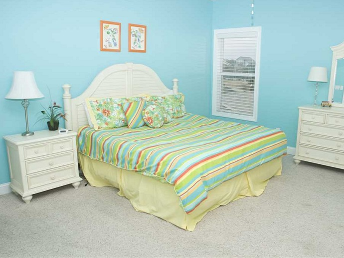 key lime retreat bedroom