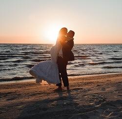 Wedding Couple on North Carolina Beaches