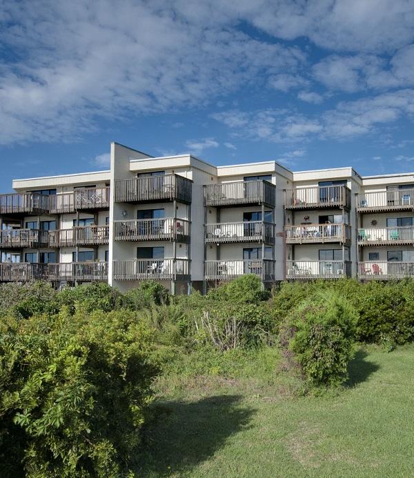 Queens Court Condo Rentals in Emerald Isle, North Carolina