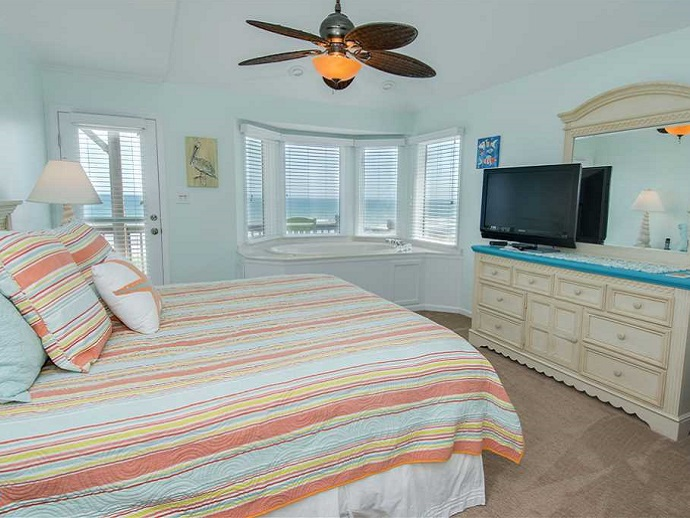 top notch too west duplex bed room emerald isle nc