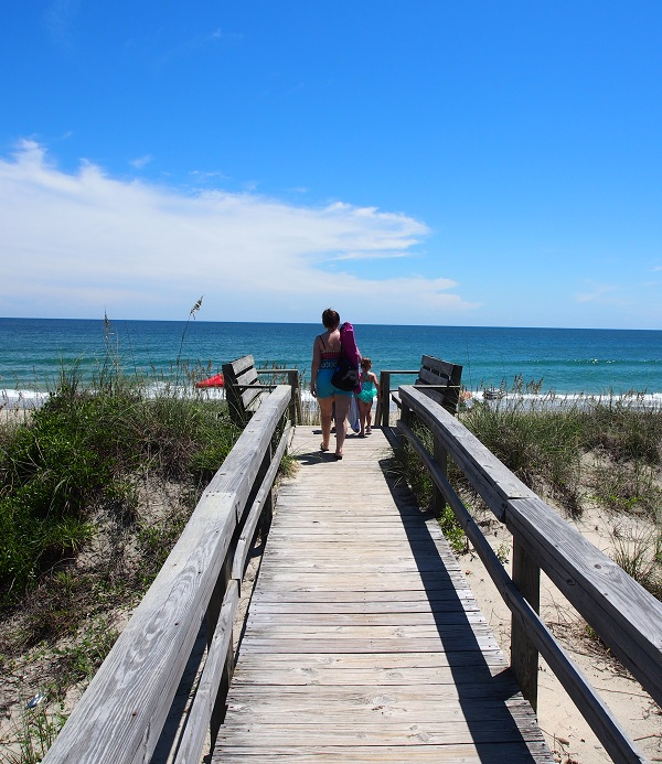 Vacation Rentals in Pine Knoll Shores NC