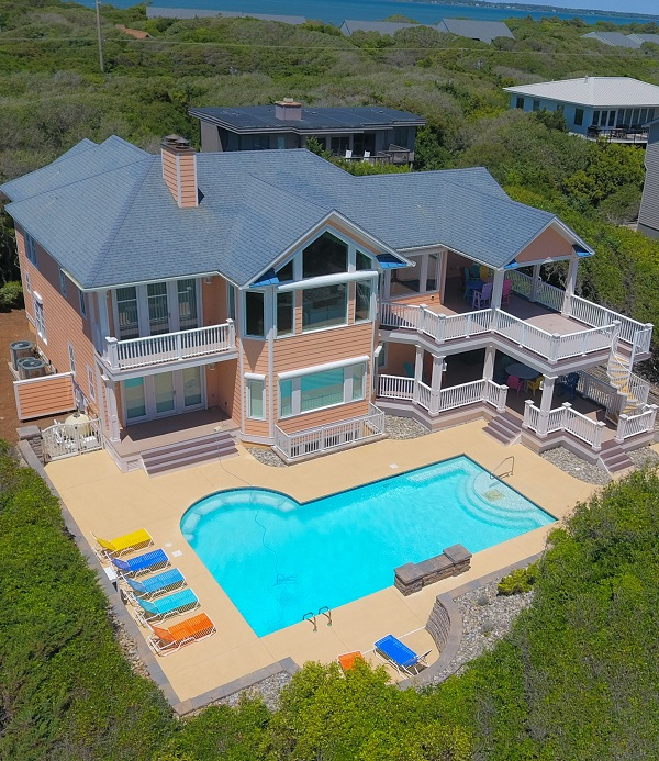 Vacation Rentals with Pools in Emerald Isle, North Carolina